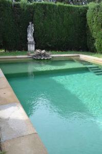 Peter Englander Villa Capponi. Poolen ritad av den engelske trädgårdsdesignern Cecil Pinsent.
